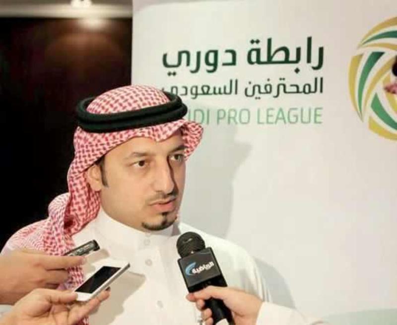 المسحل: يوجد قرار من الفيفا بخصم نقاط على نادٍ سعودي