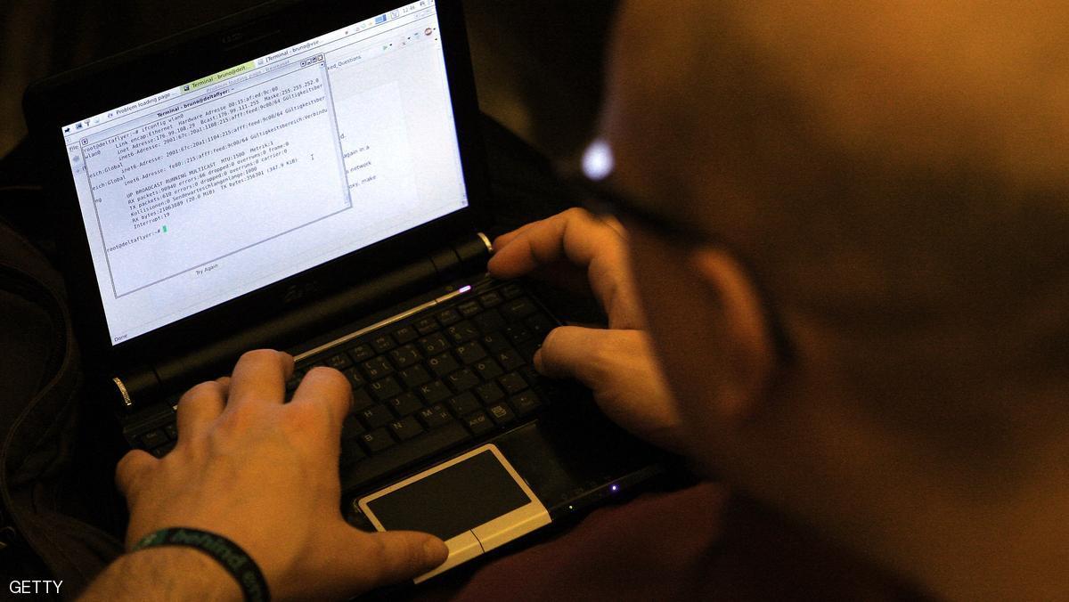 السجن لألماني قطع الإنترنت عن مليون شخص